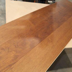 Engineered – Copaiba – Select – 9 1/4 x 1/2″ – Castillo – 2% Gloss