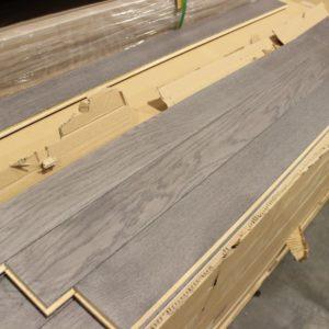 Hardwood – Red Oak – Select – 3 1/2 x 3/4″ – Blizzard – Matt