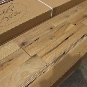 Hardwood – Oak – Colonial – 3 1/4 x 3/4″ – Barn – Oiled