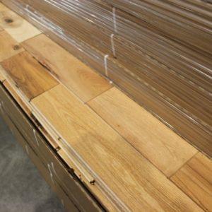 Hardwood – Oak – Colonial – 4 1/4 x 3/4″ – Western – Oiled