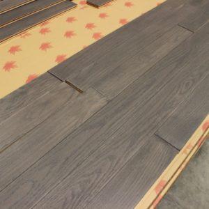 Hardwood – Red Oak – Select – 3 1/2 x 3/4″ – English Manor – Matt