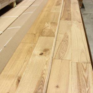 Hardwood – Ash – Colonial – 4 1/4 x 3/4″ – Toast Brown – Matte Brushed