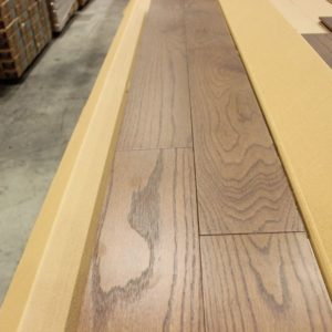 Engineered – Oak – Select – 5 x 3/4″ – Wired Brushed