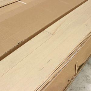 Hardwood – Maple – Mill Run – 3 1/4 x 3/4″ – Urbana – Matte
