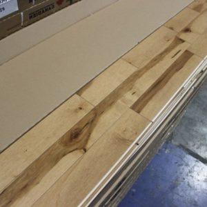 Hardwood – Maple – Commun – 3 1/4 x 3/4″ – Classic – Semi-Gloss