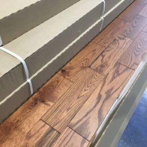 Hardwood – Oak – Rustic – 3 1/4 x 3/4″ – Classic – F.X.