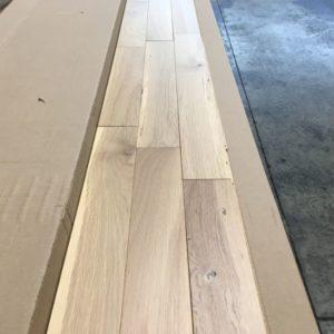 Hardwood – White Oak – Rural – 3 1/4 x 3/4″ – Nebula – Matte