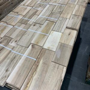 Hardwood – Maple – Maple 5 Inch Colonial ''Ultra Rustic'', 3/4, Unfinished