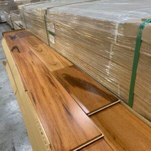 Engineered – Breazilian Tigerwood Muiracatiara 5 inch 5/8 – Semi Gloss