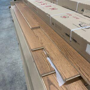 Engineered – Red Oak Engineered 3 1/4, 5/8, Select Sand Color Mat Finish – Husky