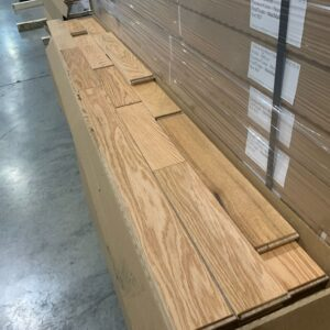 Hardwood – Red Oak – 3 inch 1/4  x 3/4″ – Millrun Natural- Mat Finish, Plancher Marteau