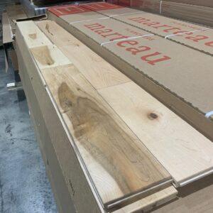Hardwood – Maple  5 inch 3/4 Millrun Mat, Plancher Marteau