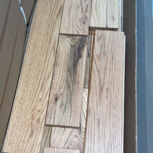 Hardwood – Red Oak – Rustic- 3 1/4 x 3/4 – Natural- Matte