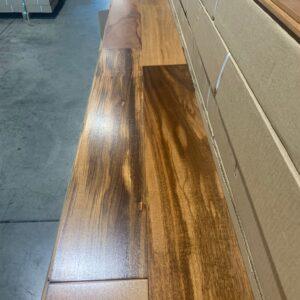Hardwood – Brazilian Tigerwood , Natural, 5 inchs, 3/4, Semi Gloss Finish